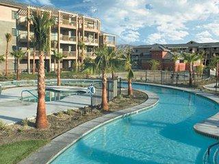 Wyndham Indio 2 Bedroom, sleeps 6, with close to Coachella!