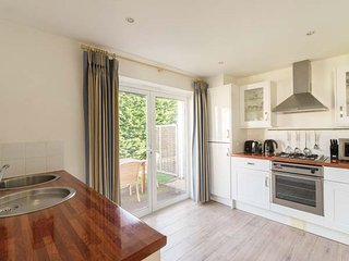 TWO BEDROOM COTTAGE WITH EN-SUITE OR CLOAKROOM AT THE WEST BAY CLUB & SPA, superb on-site facilities, in Yarmouth, Ref 943763