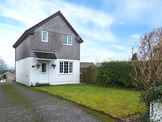 THE CLAYS, detached house, conservatory, WiFi, pet-friendly, St Dennis, Ref 9507