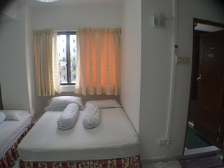 City Apartment Rm w/ BathRoom at Orchard_10