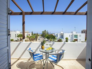 Protaras Suite Annie, Near Grecian Park, few minuts to Konnos Beach