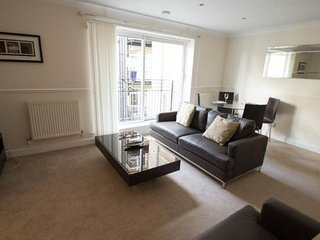 Globe View 2B apartment in City of London {#has_l…