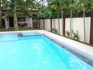 Alona Studio Bungalow Panglao Philippines with your own private pool and garden