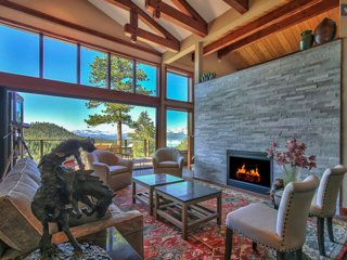 Modern Luxury, 5 Bdrm, 3.5 Bth, Lake & Mountain Views, HOT TUB, TRANQUIL RETREAT
