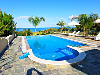 First Line Beach Front First Class Luxury Villa - Unobstructed Sea Views - Gym