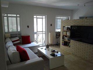 Gordon Beach apartment