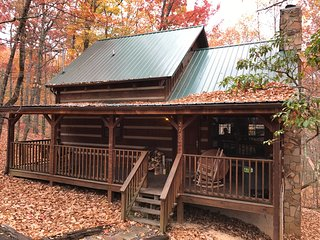 LAZY BEAR LODGE, Sevierville