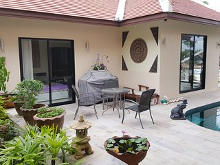 Beach Bungalow Baan Sanom