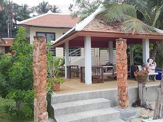 Beach Bungalow Baan Sanom