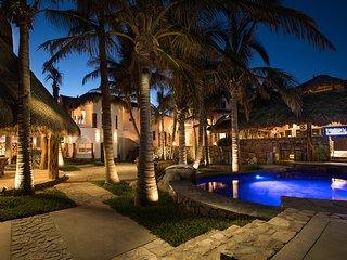 Beachfront Private Villa San Jose Cabo inc. staff, San José Del Cabo