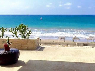 RELAX! Private Apartment on Beach with Pool!
