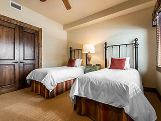 THE INNSBRUCK ASPEN CO - Presidential Suite