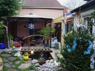"""""""Les Nénuphars"""" Maisonnette atypique sur jardin, Chatenay-Malabry"""