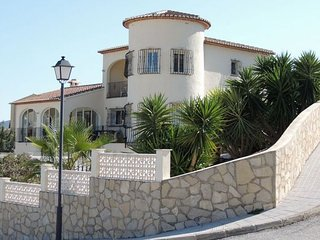 Villa Carman, 4 Bedroom Detached with Private Pool, Alcalali