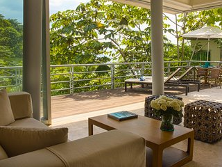Chic Villa With Ocean & Jungle Views: NEW LISTING DEAL