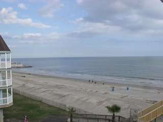 Beautiful Condos on the Beach #837441 ~ RA132833