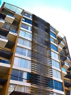 Building w/ Modern structure, with natural light and ventilation on every apartment
