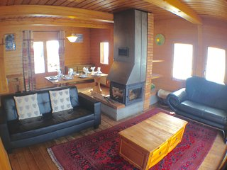 Cosy living room / dining room with log fire and UK Satellite TV