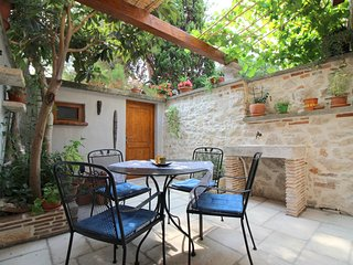 Apartment Eufrasiana in the old city