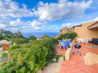 ♥Costa Paradiso♥ 4+2 guests Private Terrace Parking Concierge 24/7 Beach at 5min