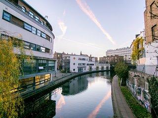 Newly refurbished duplex 1 bedroom in Regent's Canalside