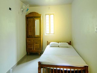 Ponmudi Valley Resort (Twin Cottage Room 2)