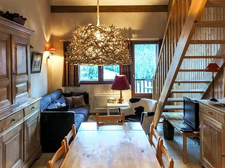 Split-level apartment right in the centre of Courchevel, Saint-Bon-Tarentaise