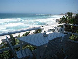 Unsurpassed sea views, walking distance to beach, excellent kite surfing, Scarborough