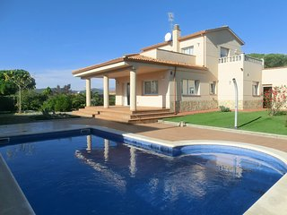 3 bedroom Villa in Lloret de Mar, Catalonia, Spain : ref 5226594