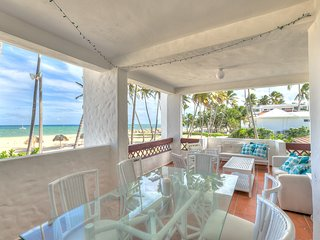 STANZA MARE_PRIVATE BEACH FRONT APARTMENT C-201, Bavaro