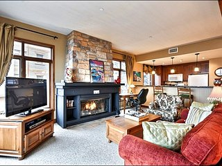 Best Location in Tremblant, Ski In/Out, steps from village / 215488