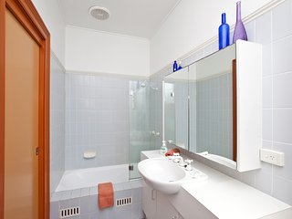 Beatrice Bathroom