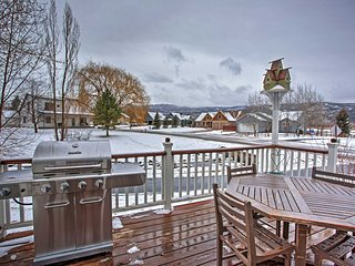 NEW! Charming 3BR Carbondale House w/ Mtn Views!