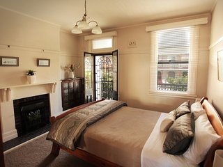 Newcastle Short Stay Apartments - Vista Apartment