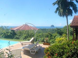 Casa Créole au Diamant avec magnifique Vue Mer des Caraïbes et Rocher du Diamant