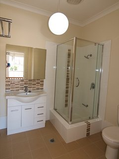 Lucia Bathroom