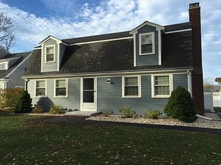 5BR, 2.5BA Falmouth Hts Beach Home - Walk to Beach & Martha's Vineyard