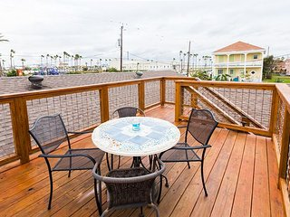 3BR House Close to Beach & Pleasure Pier