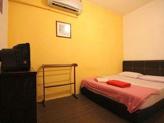 Standard Room, George Town