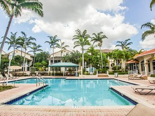 RESORT STYLE 3 BEDROOM 2.5 BATH CONDO