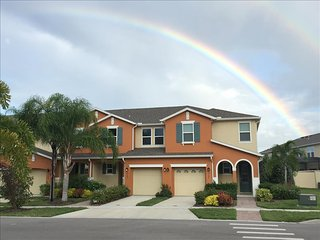 5103 Family Friendly 4 Bedroom close to Disney in Orlando Area, Kissimmee