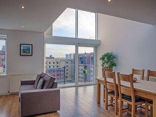 AWARD WINNING METROPOLE CONTEMPORARY APARTMENT, Glasgow