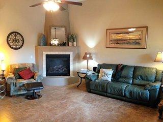 Cozy Southwest Style Home - Rimrock Ride Rd - S031, Village of Oak Creek