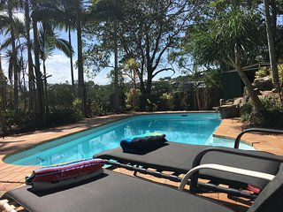 Beach House on Neurum - 4 Bedroom, Pool, Pets OK, Yaroomba