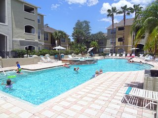 Avalon Paradise | 2 Bedrooms 2 Baths | Just Minutes to Clearwater Beach
