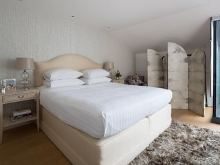 onefinestay - St Luke's Street III private home, Londres