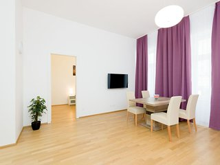 Spring Dream apartment in 02. Leopoldstadt with WiFi & lift., Vienna