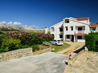 TH01218 Apartments Valentić / Two bedroom A3, Pag