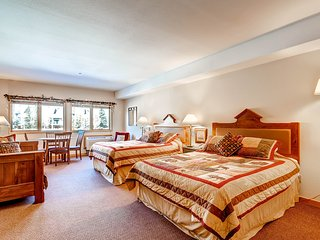 Efficiency Condo Sleeps up to 5. Stay Here & Kids Ski Free! ~ RA134205, Keystone