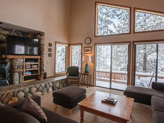 5 Bed Private Home Close to Northstar Village Ski Resort ~ RA134219, Truckee